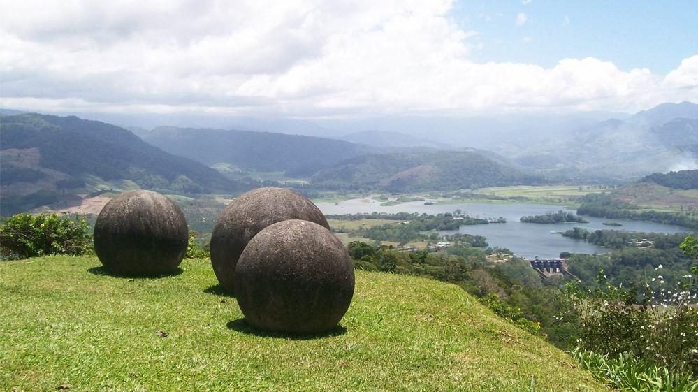 для большого картинки каменных шаров коста рики сосновом бору