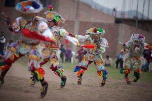 Танец ножниц (Danza de las Tijeras) – ритуальный танец коренных жителей центрального и южного высокогорья Перу. Лима, дек.2013, Enrique Castro-Mendivil / Reuters