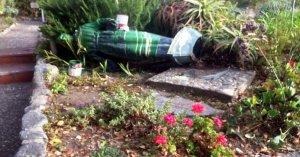 Статую миссионера Хуниперо Серра завалили на землю и облили краской