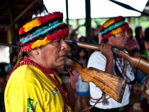 Индейцы ачуар заявили, что будут препятствовать работе нефтяных компаний на их территориях в Амазонии. Архивное фото