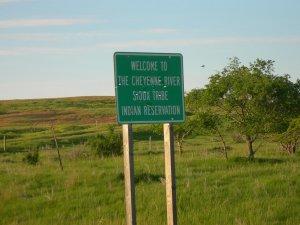 Представители резервации Шайенн-Ривер обратились в суд, требуя запретить строительство последнего участка DAPL. Архивное фото: Jimmy Emerson (2009 г.) / https://www.flickr.com/photos/auvet/