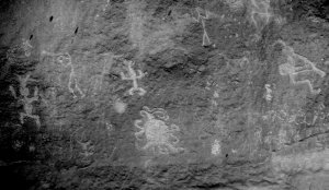 Один из петроглифов каньона Чако может изображать полное солнечное затмение 11 июля 1097 года. Фото: University of Colorado at Boulder