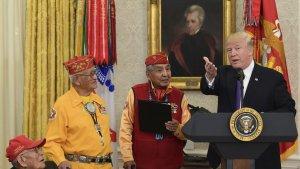 Речь президента США Д. Трампа во время приёма ветеранов навахо вызвала неоднозначную реакцию