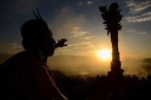 Новый 5522 год встретили индейцы аймара из Боливии. Фото - James Daniel / lostiempos.com