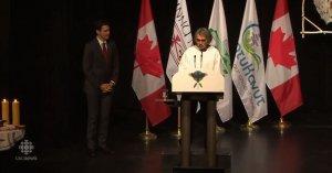 Премьер-министр Канады извинился перед воспитанниками специальных интернатов для детей коренных жителей страны