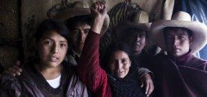 Современные герои: семья Акунья де Чаупе. Перу
