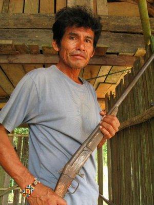 Один из убитых ашанинка был главой сообщества Альто Тамайя-Савето по имени Эдвин Чота Валера. Архивное фото - Scott Wallace / scottwallace.com