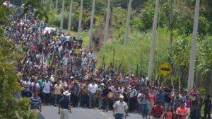 Индейцы Эквадора блокируют дороги в знак протеста против политики Рафаэля Корреа. Август 2015 г.
