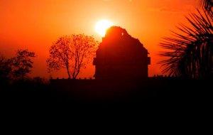 Значимость солнцестояний и равноденствий в архитектуре Месоамерики оказалась преувеличенной. Фото - INAH.
