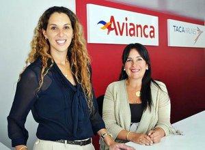 Директор по продажам подразделения Avianca в Перу Эрика Хандскопф (слева)