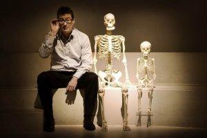 Эске Виллерслев из Университета Копенгагена (Дания) и его коллеги расшифровали ДНК, полученную из останков четырехлетнего мальчика возрастом 24 тысячи лет, которые были найдены в Сибири на стоянке Мальта. Фото - DALUM ASTRID / politiken.dk