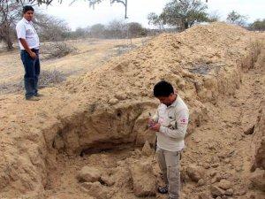 Археологический комплекс Фикуар в Перу разрушен вандалами. Фото - Silvia Depaz / Andina