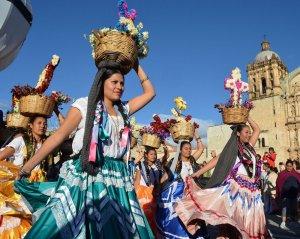 Национальный институт антропологии и истории Мексики призвал выступить на защиту индейских языков. Фото: Héctor Montaño, INAH