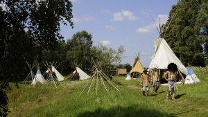 В Чехии индейская деревушка Роузхилл уже 14 лет радует посетителей. Фото - Zavoral Libor/ČTK