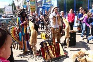 Эквадорские индейцы были оштрафованы в Казахстане, после чего покинули страну