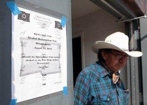 Индейцы оглала-сиу из резервации Пайн-Ридж отменили у себя сухой закон. Фото - Chris Huber/Rapid City Journal, via Associated Press