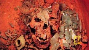 Череп царя Паленке VII века К'инич-Ханаахб-Пакаля. Фотография 1952 г.