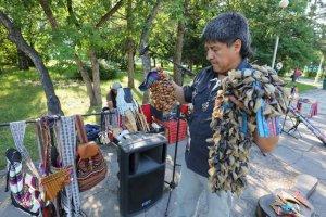 Луис Вильегас  («Ecuador Indians»): из Кемерово в Бердск, потом в Новокузнецк. Фото - kuzbass85.ru