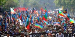 День Колумба в Чили: разгон марша в поддержку индейцев мапуче