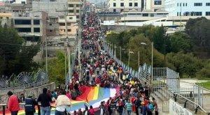 Индейский протестный марш проходит в Эквадоре. Фото: larepublica.ec