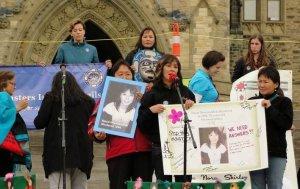 Общественность Канады требует провести публичное расследование убийств женщин-аборигенов