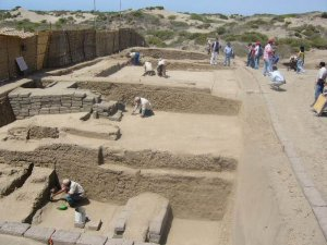 Археологический комплекс Мокольопе (Перу). Архивное фото