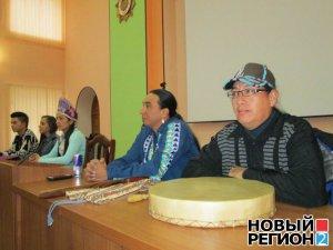 В столицу Приднестровья прибыла группа индейской музыки и танца Native Pride Dancers. Фото - РИА Новый Регион / nr2.ru