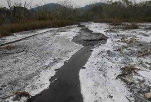 Речка в районе Салинас-де-лос-Нуэве-Серрос - центра древних майя по производству соли. Фото - Prensa Libre: EFE
