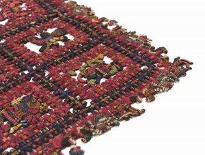 Деталь текстиля Паракаса, который вернули из Швеции в Перу в 2014 году