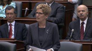 Премьер Онтарио официально извинилась перед коренными народами Канады за творимое зло в прошлом