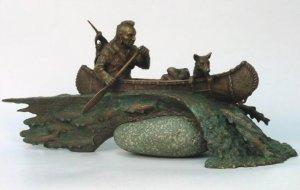 Нерест лосося. Бронза, камень, 2005 г. Скульптор Герман Феоктистов