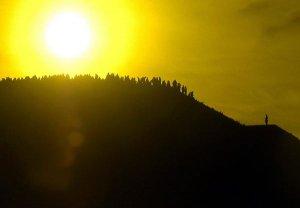 На пирамиде Солнца г. Теотиаукан в первый день весны, 2012 г. Фото - MARIO GUZMÁN, EUROPEAN PRESSPHOTO AGENCY