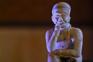 Испания вернула Колумбии изъятый у наркодельцов 691 древний артефакт