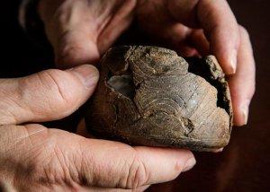 Этот маленький сосуд из глины был сделан в Восточной Оклахоме, но найден в Кахокии. Фото L. Brian Stauffer с сайта illinois.edu