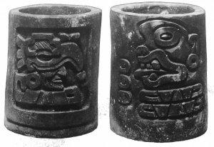269. Сосуды для питья с вырезанными календарными именами 5 Орел и 13 Обезьяна.