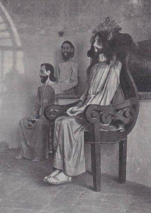 Мексиканские изображения Христа, например, напоминают как некоторых ацтекских богов, так и страдающего Христа в произведениях испанского религиозного искусства