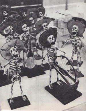 группа скелетов-музыкантов