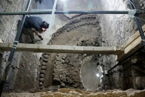 676 черепов нашли во время раскопок у главного ацтекского храма Темпло Майор. Фото: REUTERS/Henry Romero