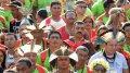 Около 1000 представителей индейцев различных племен вместе с сочувствующими собрались в среду 4 декабря в центре столицы Бразилии, чтобы выразить свой протест планам правительства по изменению правил демаркации новых резерваций. Фото - presstv.ir