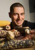 Генетик Джеффри Росс-Ибарра вместе с международной командой ученых определили как кукуруза очутилась на юго-западе США