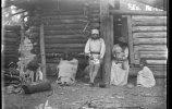 Индейцы тепеуа возле своих хижин Мильпильяс. 1893. Фото: Карл Лумгольц