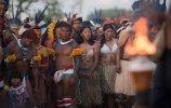 Церемония зажжения священного огня (08.11.2013). Фото - AFP PHOTO / CHRISTOPHE SIMON