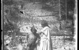 Женщина и мужчина тараумара. Фото: Карл Лумгольц