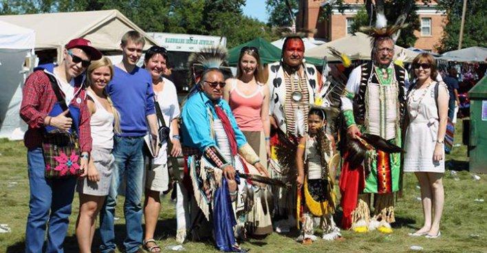 Представители финно-угорских регионов РФ вернулись из поездки к индейцам США. Фото - Finugor.ru